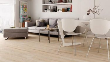 Atelier_Wood_Effect_Floor_Tiles_in_Modern_Apartment_grande